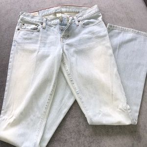 Abercrombie & Fitch Light Wash Jean
